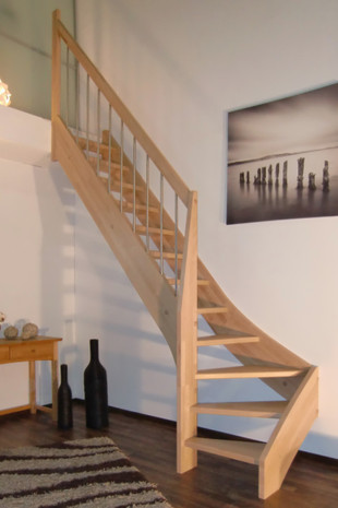 treppe nach ma 1 4 gewendelt links unten. Black Bedroom Furniture Sets. Home Design Ideas