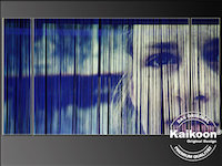 Portrait projeziert auf Fadenvorhang - Bühnenbild Dekoration