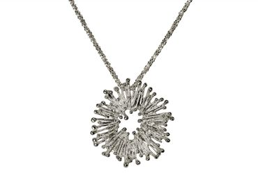 SILBERMOOS Anhänger mit Kette Sonne Stäbchen Funken rund offen matt mit mit Criss-Cross-Kette 45 cm diamantiert 1,4 mm 925 Sterling Silber