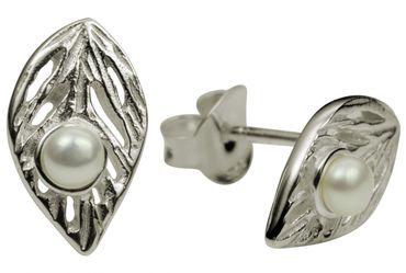 Rundliche Blatt-Ohrstecker mit Perle – Bild 5