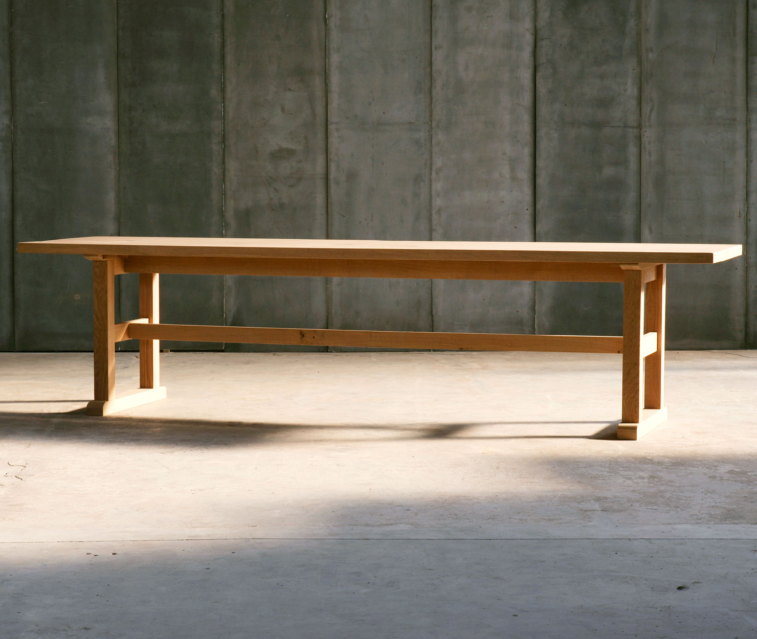 TRAPPIST | Solid Oak – Made to Measure