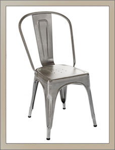 CHAISE A | Indoor, vernis satiné