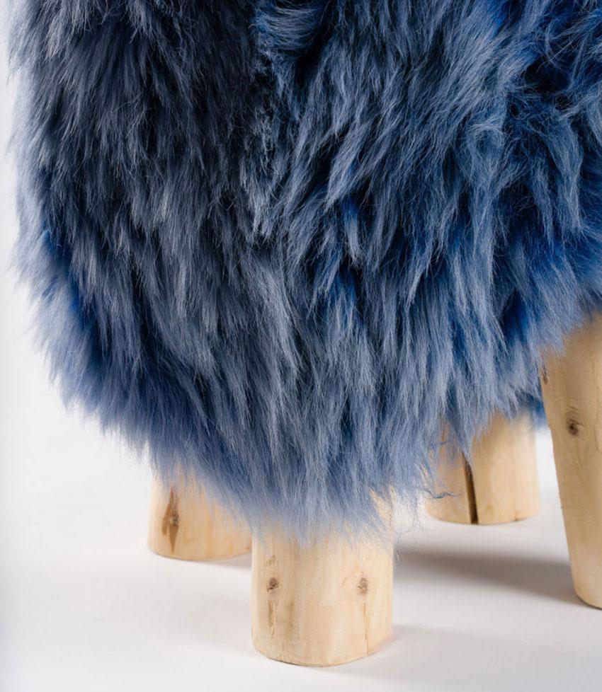 MOUTON | Pouf Schaffell bleu