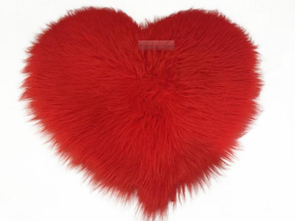 Fluffy Herz Rot 65 x 65 cm