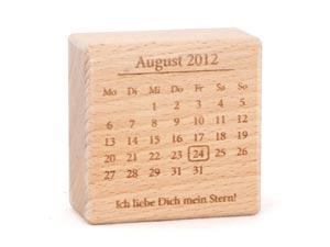 =?UTF-8?Q?Dekokl=C3=83=C2=B6tze_im_Kalenderblatt-Style_zum_Jahrestag?=