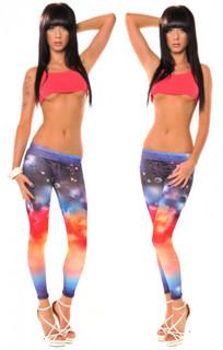 Super elastische Leggings mit trendigem Galaxy-Druck. 001
