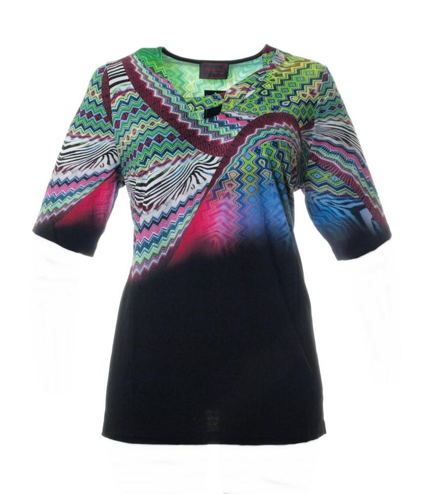 ausgefallene shirts damen gro e gr en mode f r mollige. Black Bedroom Furniture Sets. Home Design Ideas