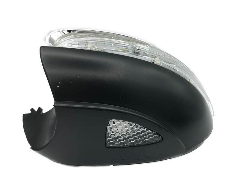 LED Blinkleuchte Spiegelblinker mit Umfeldbeleuchtung links VW Golf IV 6 Touran – Bild 1