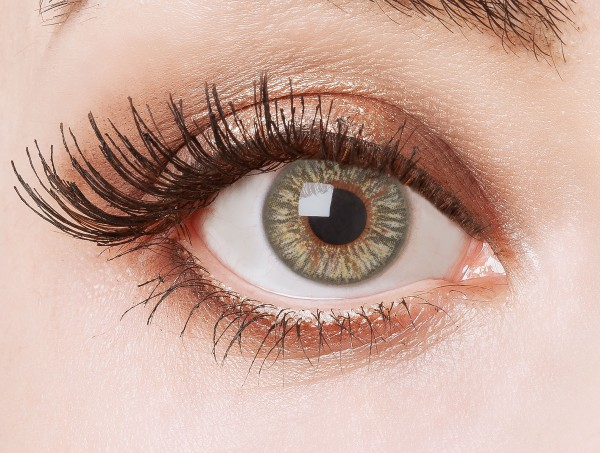 Graue Kontaktlinsen