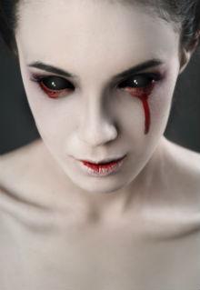 Schwarze Sclera Kontaktlinsen