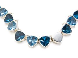 blaues Collier