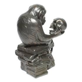 Wolfgang Hugo Rheinhold Affe mit Schädel Darwin in Bronzeoptik – Bild 3