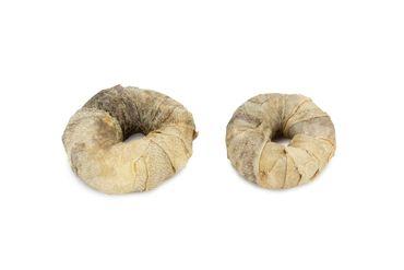Beeztees Rinderhaut Ring mit Fisch ø: 7.5 cm 2 Stk. – Bild 1