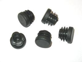 50 pcs - Finned plug Round tube plug Ø 25 mm (outside) Plug BLACK - 3.0 to 5.0 mm