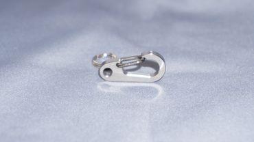 "Titaner Titanium Clip Carabiner 1""  klein – Bild 2"