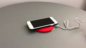 selected-lights LED Spiegel und wireless charger – Bild 2