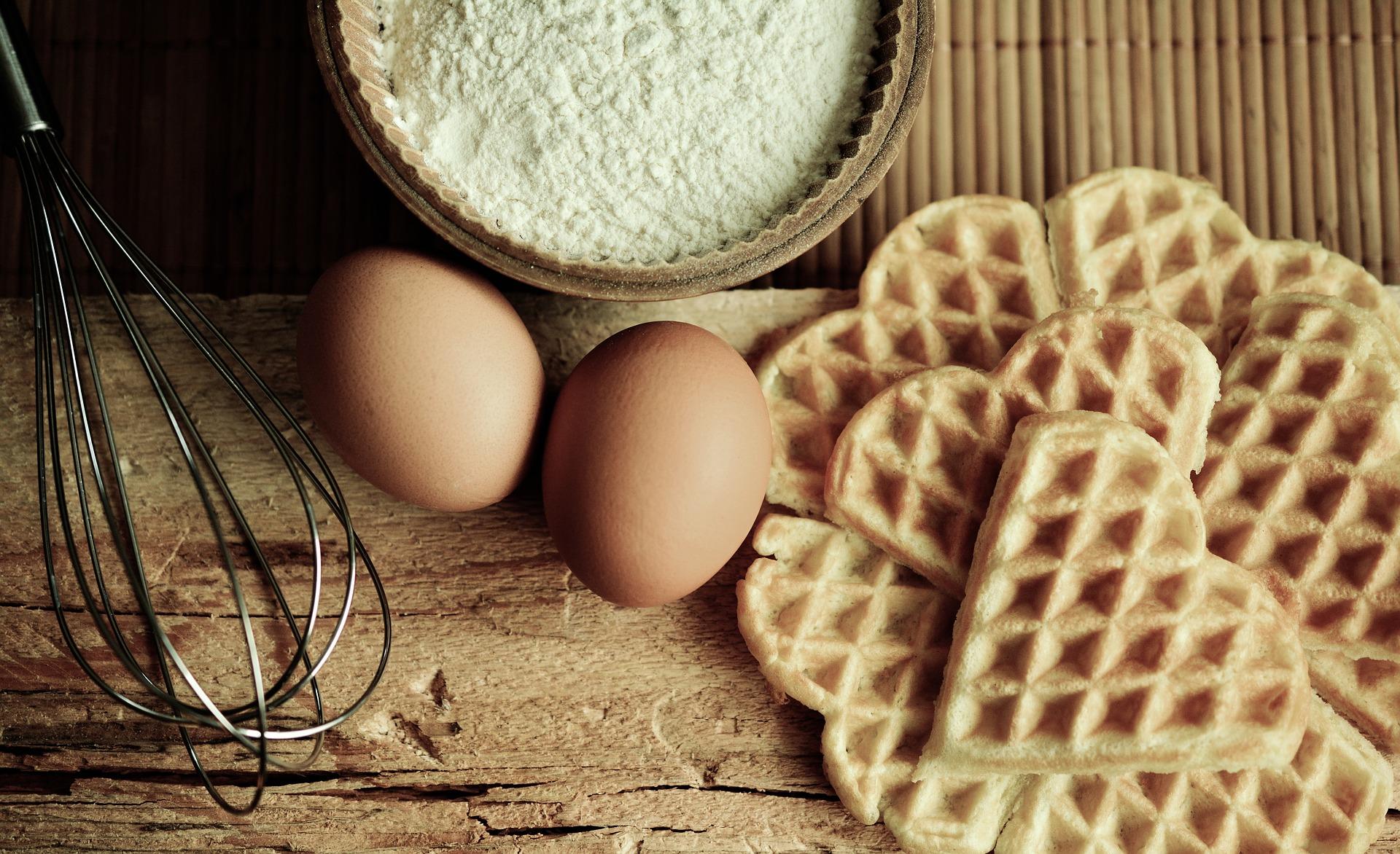 Herzwaffeleisen Waffel Automat Waffle Bäcker 5 Herzwaffeln Antihaftbeschichtung 640W silber*18563 Bild 2