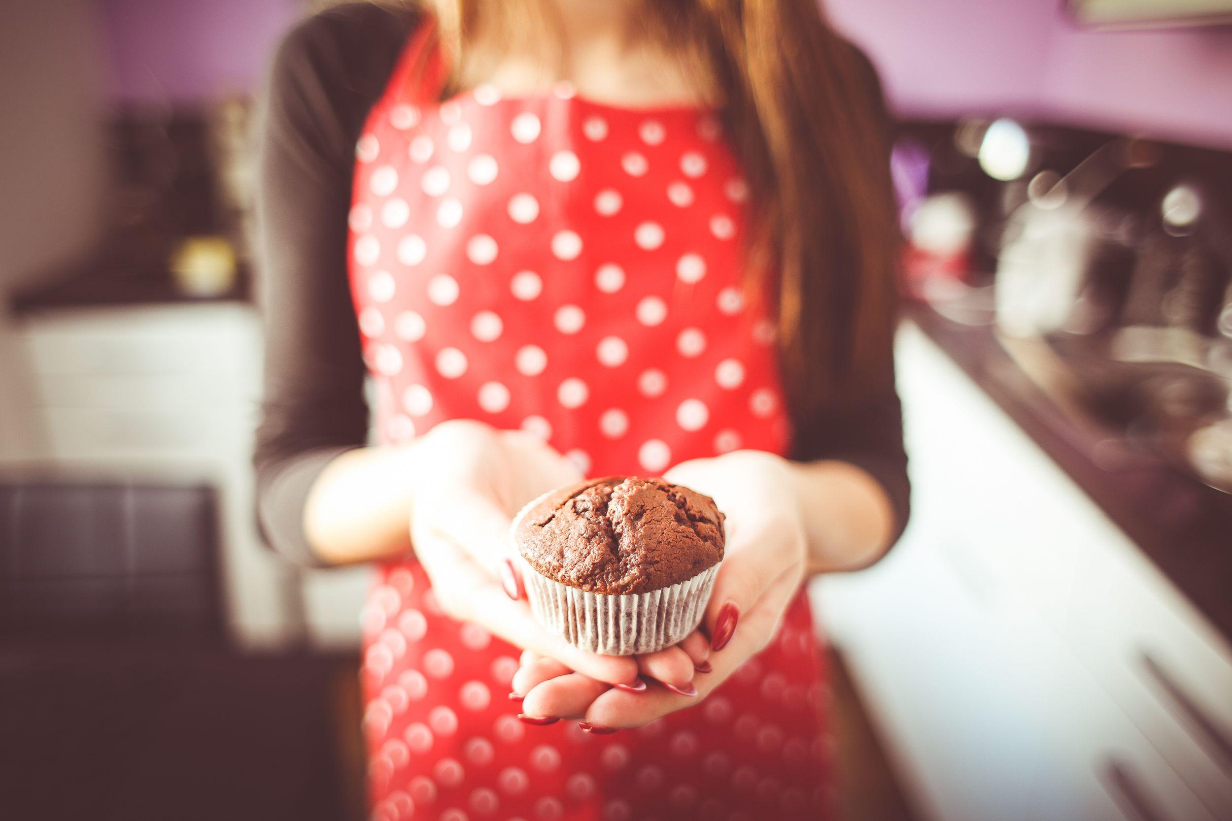 Muffinmaker Muffin Bäcker 7 Muffins Cupcakes elektrisch lila 700 W (Karton beschädigt)*12563 Bild 5