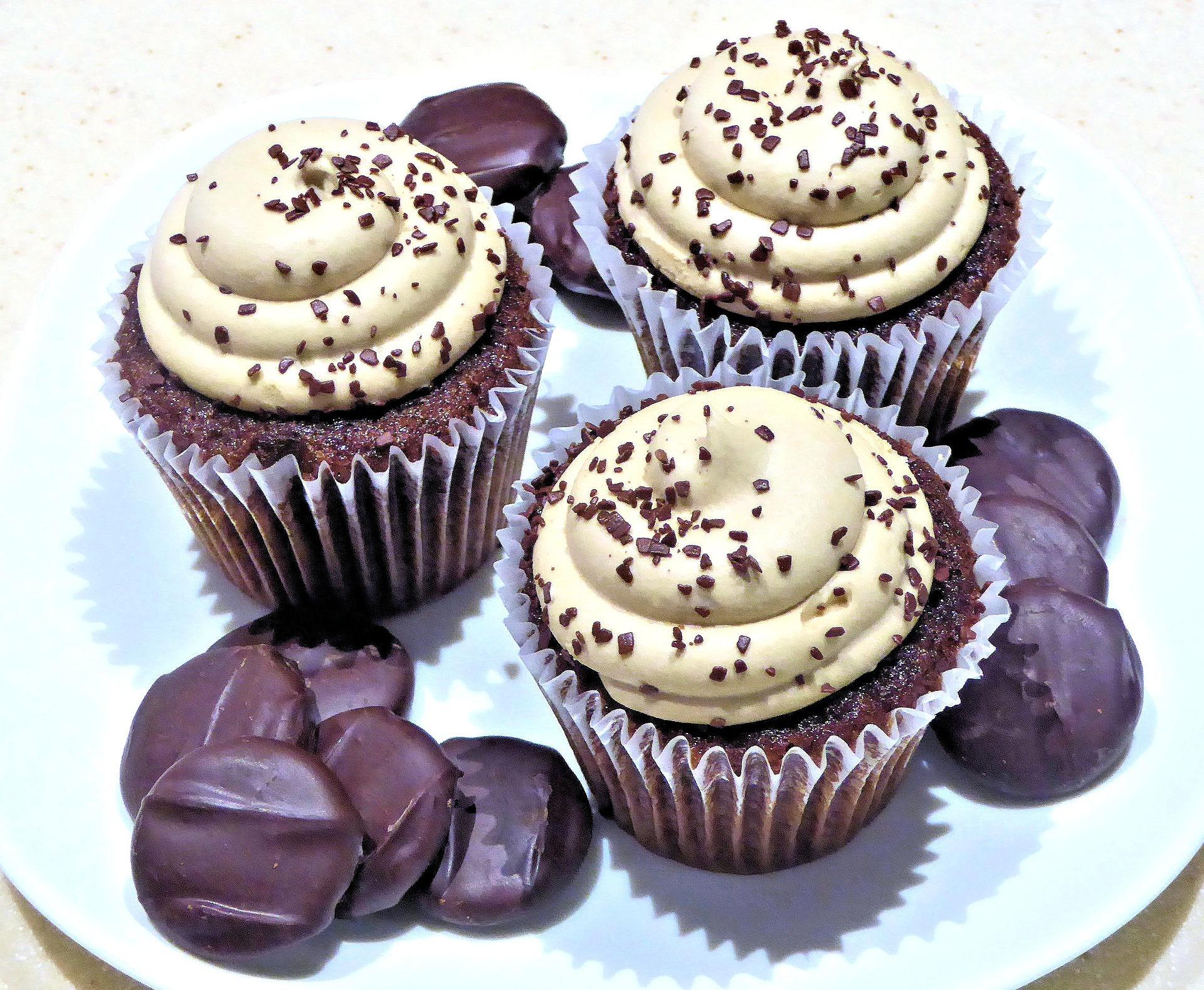 Muffinmaker 7-fach Cupcakes Törtchen Bäcker Piemaker 900W lila (Karton defekt)*04704 Bild 4