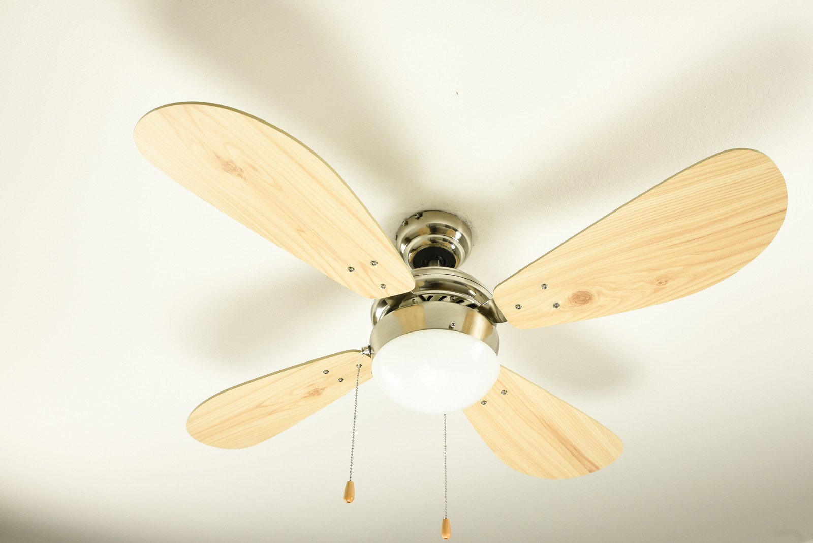 Lights On Use Ceiling Fan With Light Kit Instead Of Light Fittings Ceres Webshop