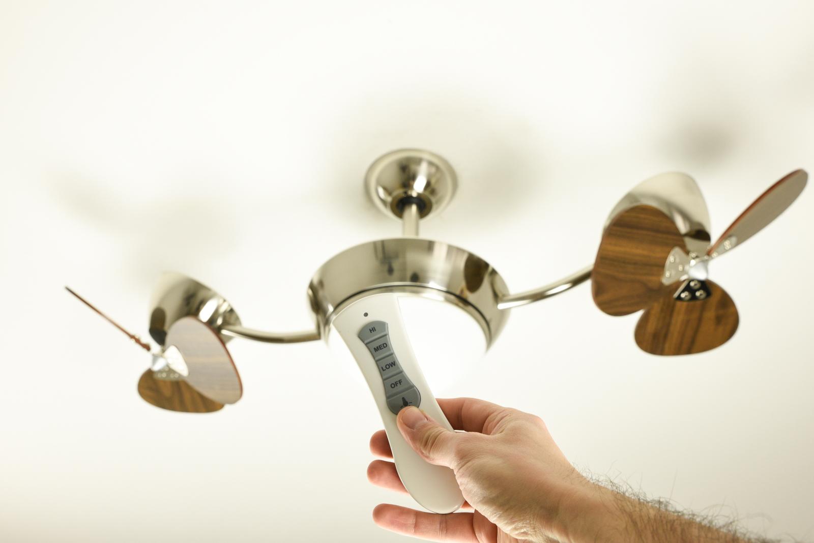 Statt Lampe Deckenventilator mit Beleuchtung. Licht an!  Pepeo GmbH