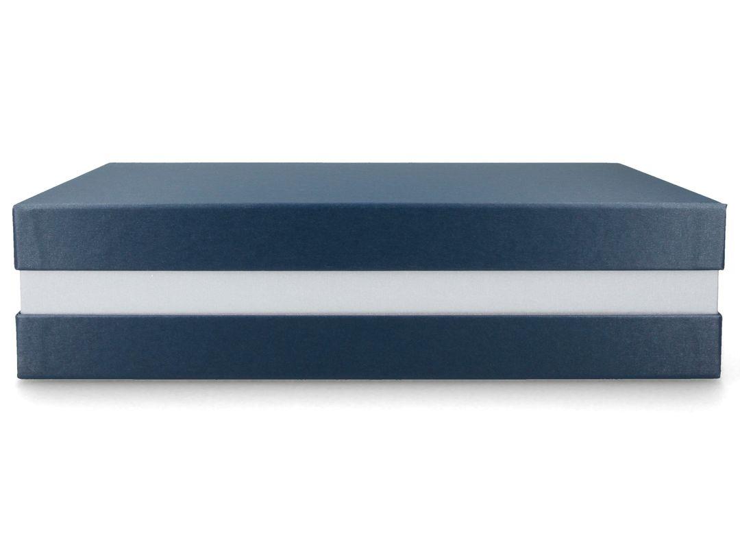 Premium+ Geschenkbox - Geschenkverpackung Made in Germany (Blau metallic, Silber, Blau metallic) 33x22x8 cm
