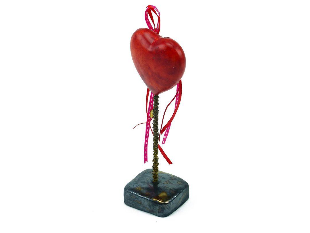 """Vintage-Deko-Herz """"Liebesbeweis"""" aus Keramik auf Standfuß - Geschenk zum Valentinstag"""