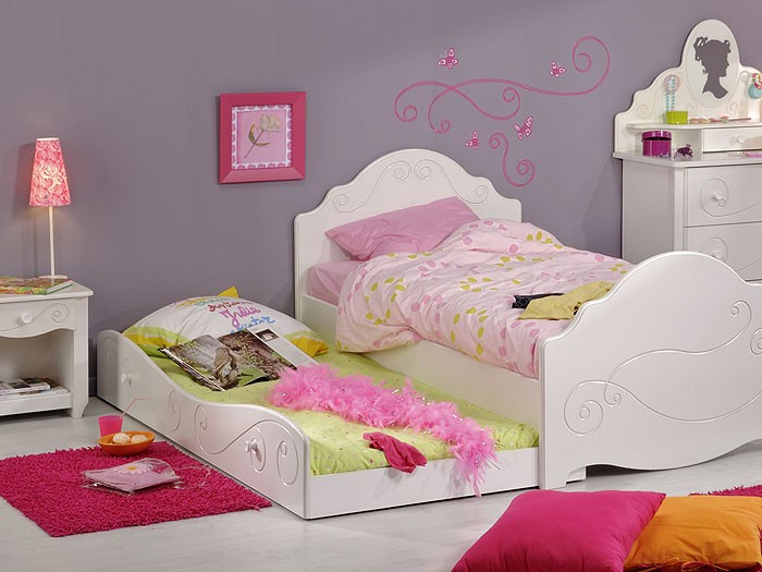 kinderbett anne 3 90x200cm wei lackiert mit nachttisch bettkasten wohnbereiche kinder. Black Bedroom Furniture Sets. Home Design Ideas