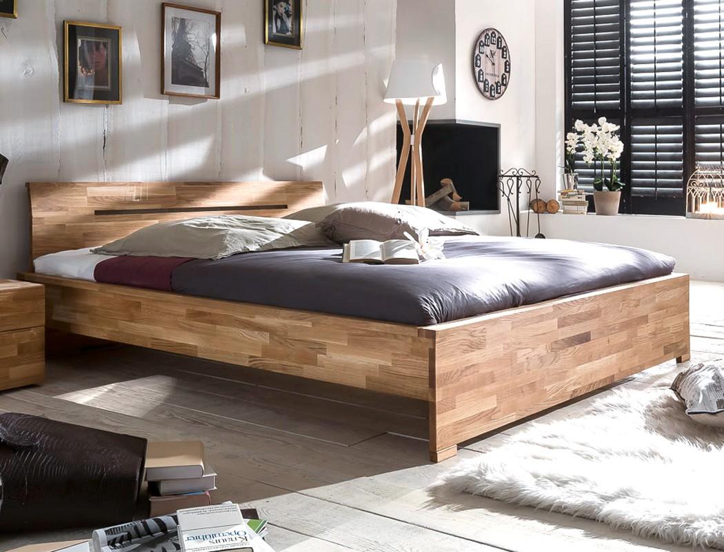 Massivholzbett Savin 200x200 Wildeiche geölt Doppelbett Schlafzimmer ...