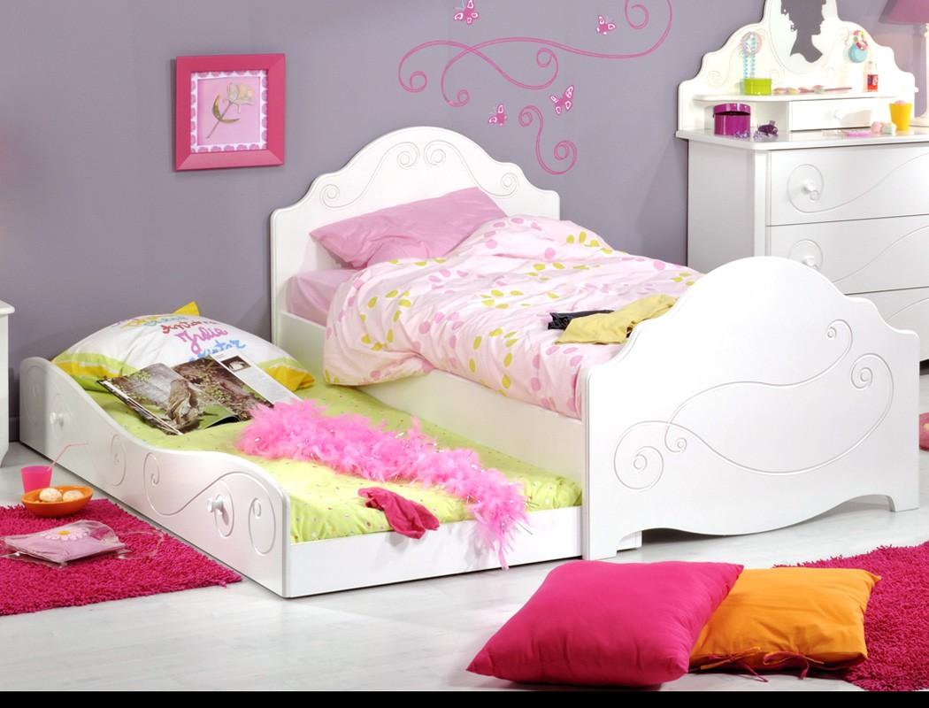 kinderbett anne 90x200 wei lackiert bett mit bettkasten kinderzimmer wohnbereiche kinder. Black Bedroom Furniture Sets. Home Design Ideas