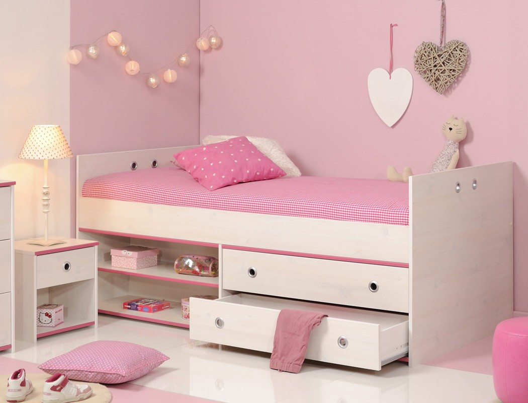 kinderbett snoopy 24b mit nachttisch kiefer wei kinderzimmer bett wohnbereiche kinder. Black Bedroom Furniture Sets. Home Design Ideas