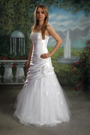 figurbetontes Brautkleid Feminin Kleid Hochzeitskleid A-Linie neu  – Bild 1