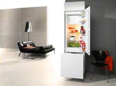 Miele Einbau-Kühlschrank K 9726 iF-1