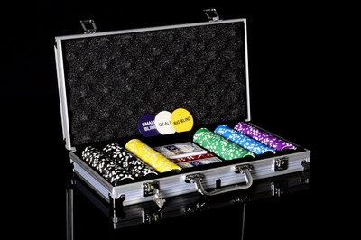 Pokerkoffer 300 Pokerchips Pokerset mit Laser Chips – Bild 2
