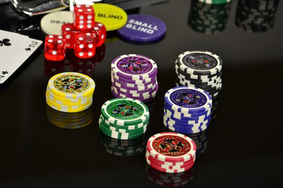 Pokerkoffer 300 Pokerchips Pokerset mit Laser Chips – Bild 5