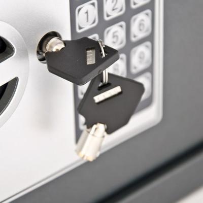 Safe mit Elektronik-Zahlenschloss – Bild 3