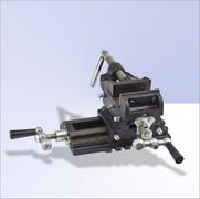 Maschinenschraubstock 2 Achsen   125mm 001
