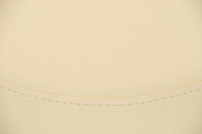 Sitzhocker Manau Kunstleder E47 creme – Bild 3