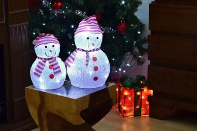 Schneemann Acryl 20 LED weiss Weihnachtsbeleuchtung 32 cm Batterie aussen Deko – Bild 5