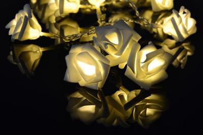 Rosenblütenkette mit 20 LED warm weiss Lichterkette Blumen – Bild 2