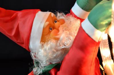 Weihnachtsmann an Leiter Santa Claus Nikolaus Weihnachten Weihnachtsdeko Figur – Bild 5