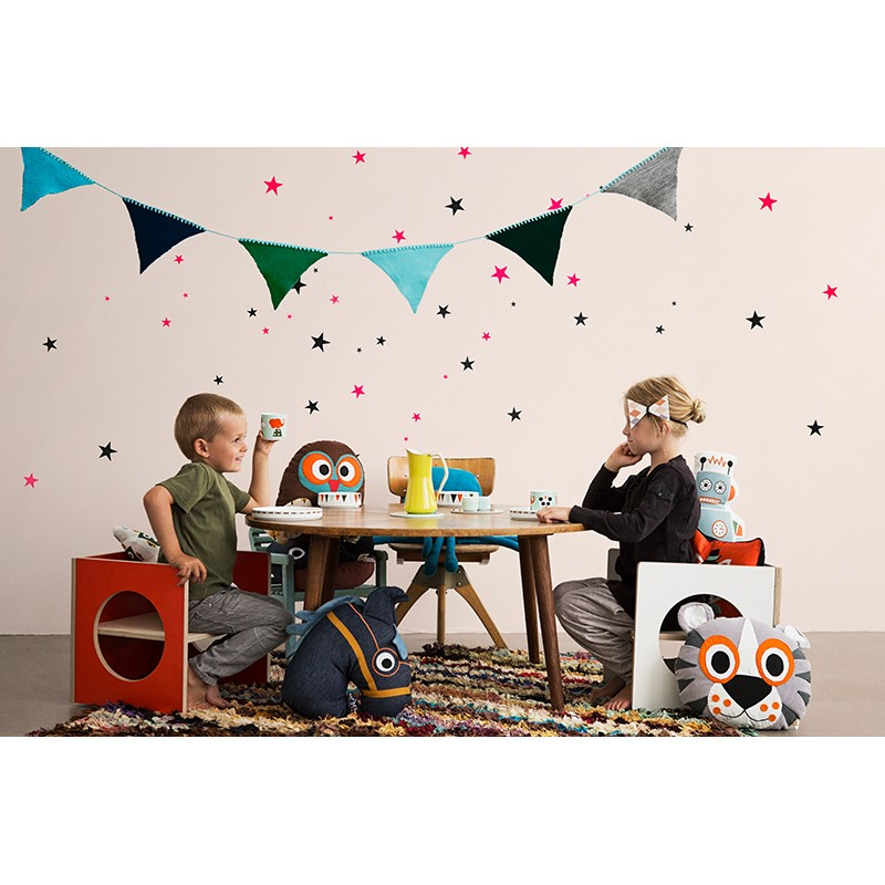 kinderzimmer dekoration girlande happy flags blau ferm living. Black Bedroom Furniture Sets. Home Design Ideas