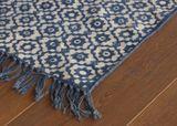 Stonewashed Teppich  Bundi Indigo , handgewebt, aus reiner Baumwolle, in 2 Grössen, von The Rug Republic