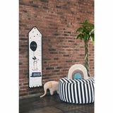 Sitzpouf, in weiß/asphalt Streifenoptik, 75 x 34 cm, Baumwolle und Samt, von OYOY