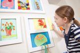 Doppelter Bilderrahmen A4 für Kinderbilder, mit Aufbewahrungsfunktion, weiß, von Articulate Gallery