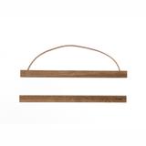 Praktischer Holzrahmen Posterhänger, small, in Eiche geräuchert, von Ferm Living