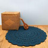 """Hochwertiger Teppich """"Alma"""", handgehäkelt, in blau, 120 cm Durchmesser, aus Baumwolle, von Nattiot"""