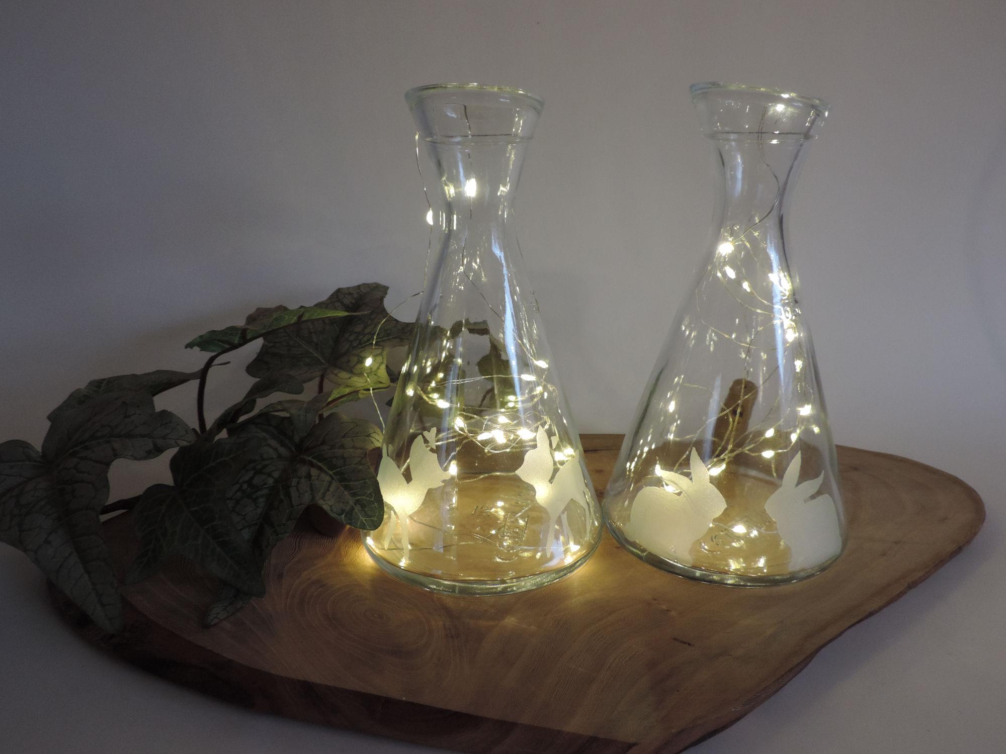Glas Karaffe 0,5Liter graviert mit Reh Geschenk Unikat Handgemacht Dekorationt, Wein, Karaffe, Ostern, Hase, Reh, Bambi