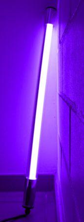 Led Leuchtstab mit Blendschutz KS Kabel schwarz 230V Party 60cm violett IP44 – Bild 4