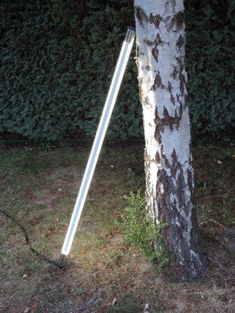 Led Leuchtstab mit Blendschutz KS Kabel schwarz 230V Party 60cm kaltweiss IP44 – Bild 4